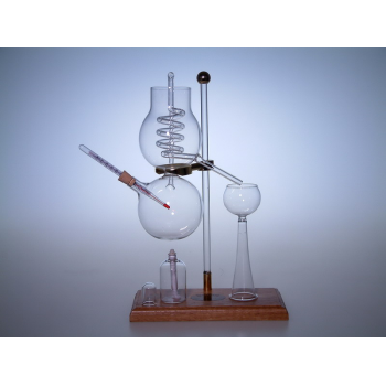 Destilační kolona - sklo, dřevo